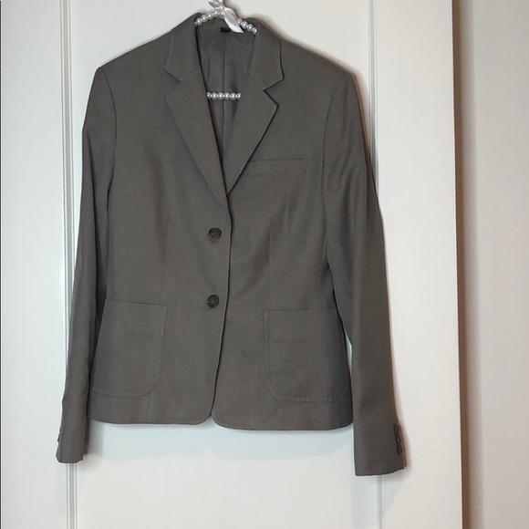 Doc & Amelia Jackets & Blazers - Doc & Amelia Grey Tan Non-Wrinkle Blazer Jacket